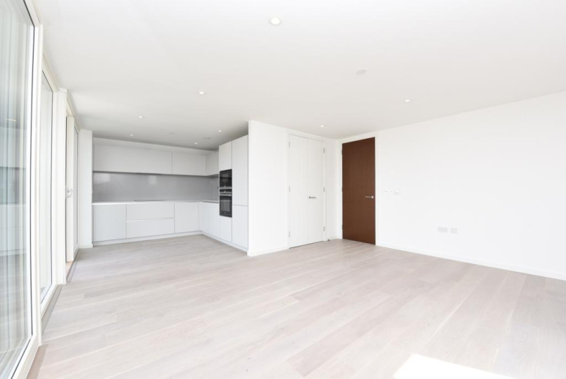 Flat/apartment to rent in Southfields - Tileman House, 133 Upper Richmond Road, London, SW15