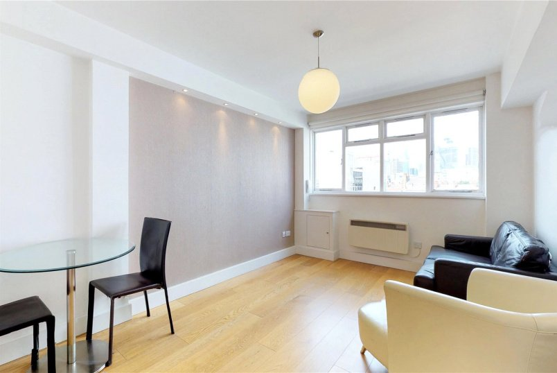 Flat/apartment to rent in Shoreditch - Gwynne House, Turner Street, London, E1