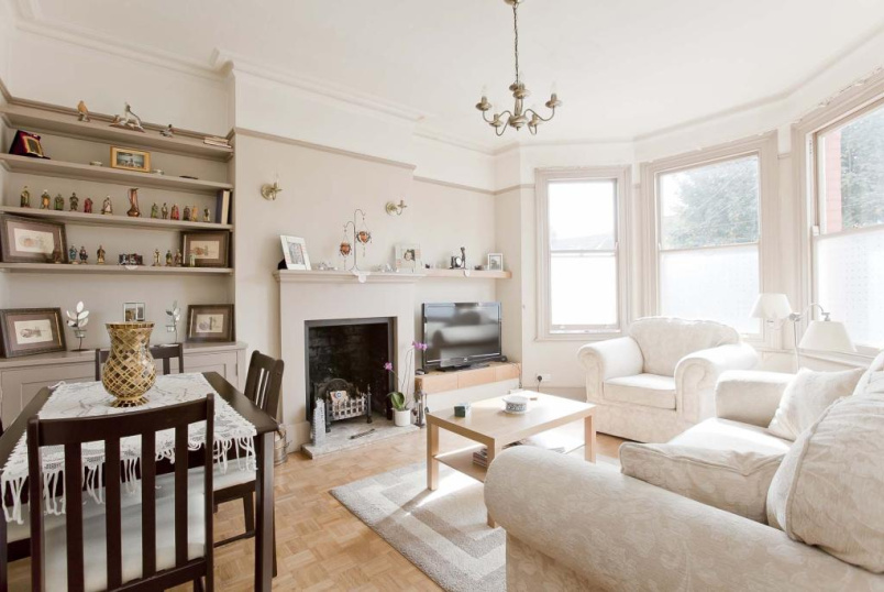 Flat/apartment to rent in Palmers Green - Meadowcroft Road, Palmers Green, N13
