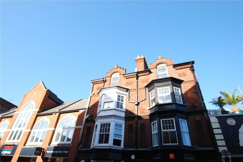 Flat/apartment to rent in Guildford - Bridge Street, Guildford, Surrey, GU1