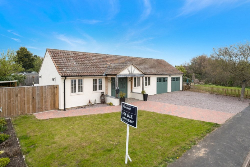 Bungalow for sale in Bourne - Kingsway, Bourne, PE10