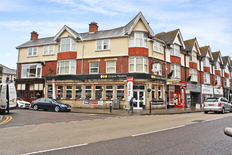 Flat/apartment to rent in Southbourne - Grove Rooms, 27 Southbourne Grove, Southbourne, BH6