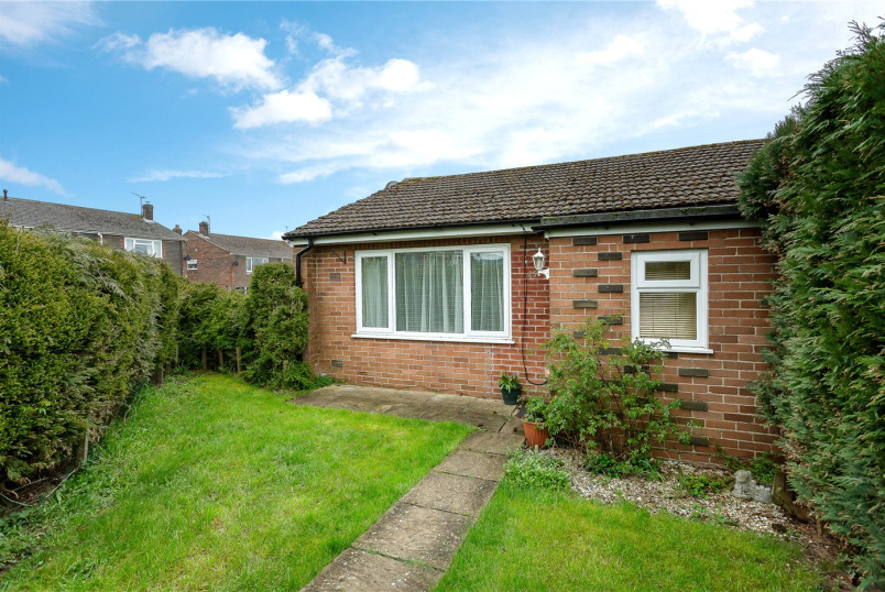 Bungalow for sale in Marlborough - Spaines, Great Bedwyn, Marlborough, SN8