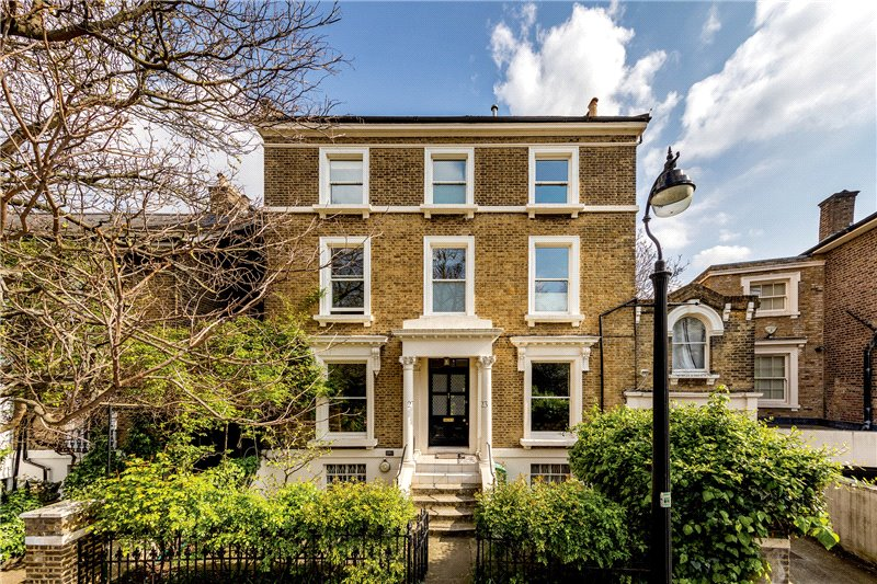House for sale in Kennington - Durand Gardens, Stockwell, SW9