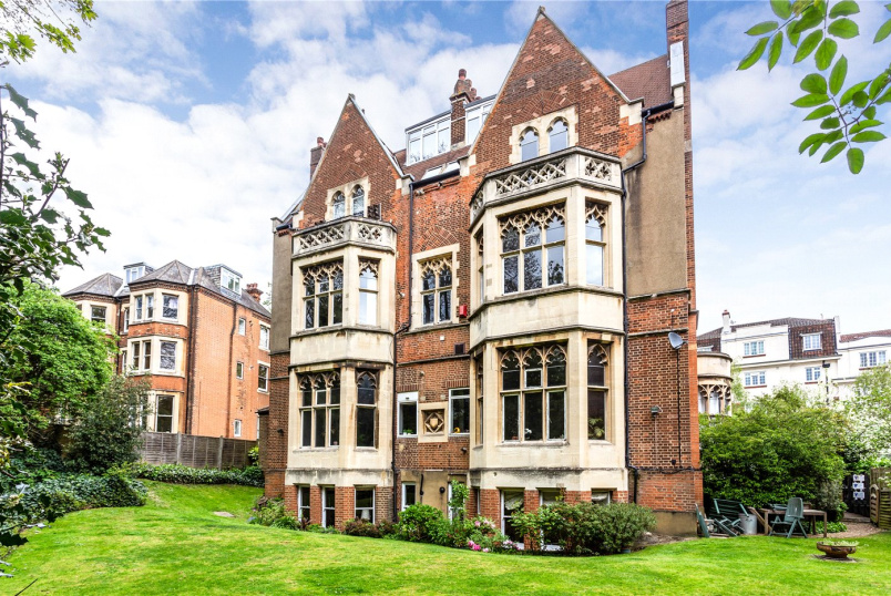 Maisonette for sale in Crystal Palace - Crystal Palace Park Road, London, SE26