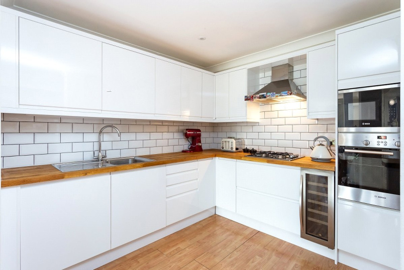 Flat/apartment for sale in Kentish Town - Fortess Road, London, NW5