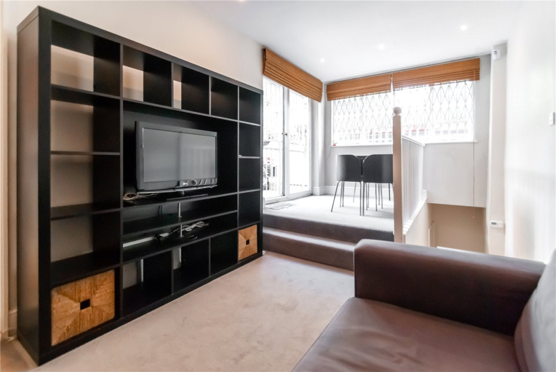 Flat/apartment to rent in Kentish Town - Queens Crescent, London, NW5