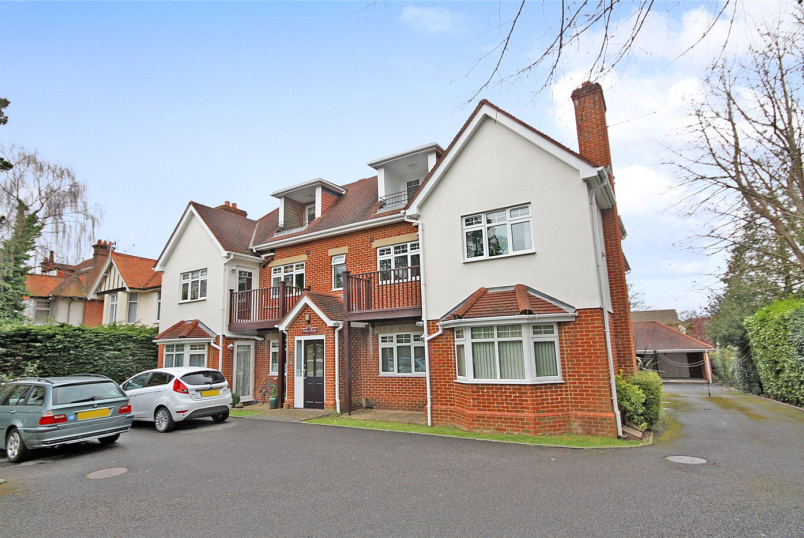 Flat/apartment to rent in Westbourne - Penn Leigh, 9 Penn Hill Avenue, Poole, BH14