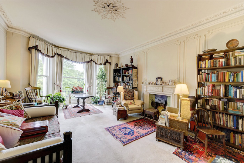 Flat/apartment for sale in  - Holland Park, London, W11