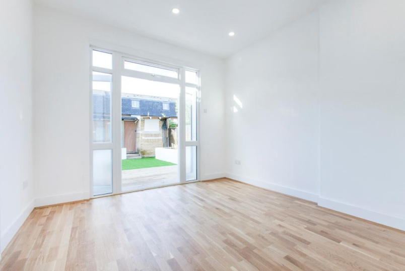 Flat/apartment to rent in Harringay - Mount Pleasant Road, London, N17