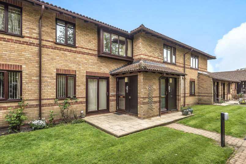 Flat/apartment for sale in Basingstoke - Kendal Gardens, Kempshott, Basingstoke, RG22