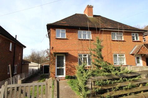 House to rent in Guildford - Hillcrest Road, Guildford, Surrey, GU2