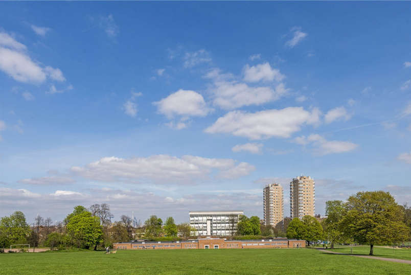 Flat/apartment for sale in Herne Hill - Park View House, Hurst Street, London, SE24