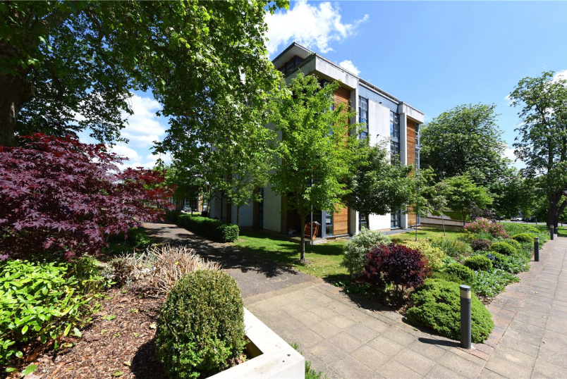 Flat/apartment for sale in Southfields - Sheringham House, Whitelands Crescent, London, SW18