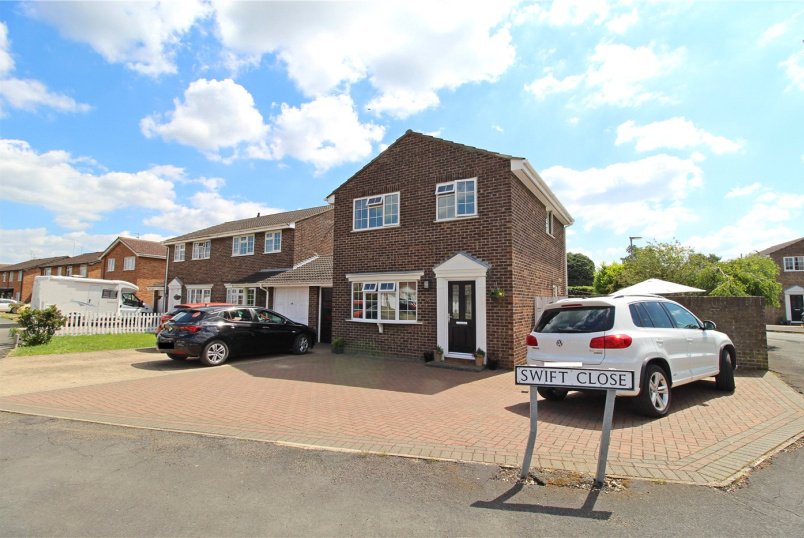 House for sale in Market Deeping - Crowson Way, Deeping St. James, Peterborough, PE6