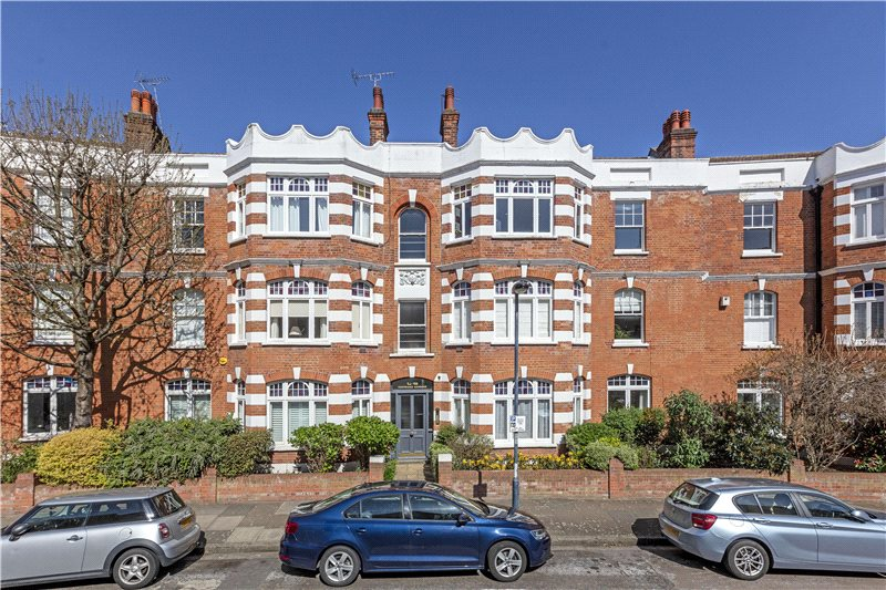 Flat/apartment for sale in Barnes - Castelnau Gardens, Barnes, London, SW13