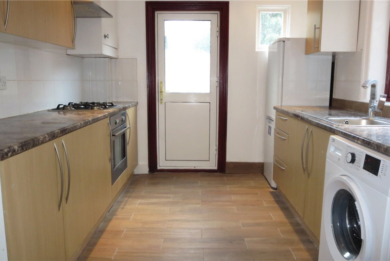 House to rent in Kingsbury - Alexandra Road, London, NW4