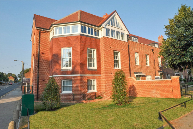 Flat/apartment for sale in Canterbury - St Thomas's Place, Old Ruttington Lane, Canterbury, CT1