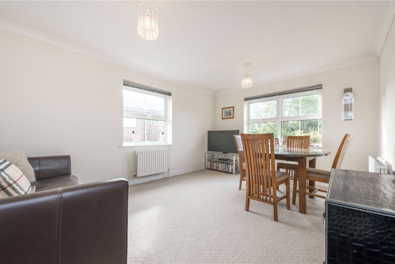 Flat/apartment to rent in Willesden Green - Manor Lodge, 223 Willesden Lane, London, NW2