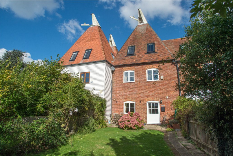 House to rent in Canterbury - Hoppers Oast, Hatch Lane, Chartham, CT4