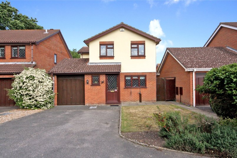 House for sale in Southbourne - Countess Gardens, Bournemouth, Dorset, BH7