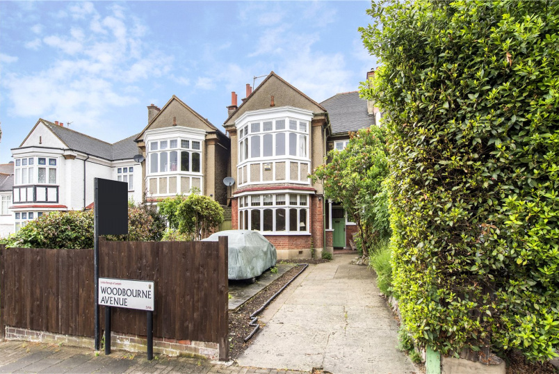 House to rent in Streatham - Woodbourne Avenue, London, SW16