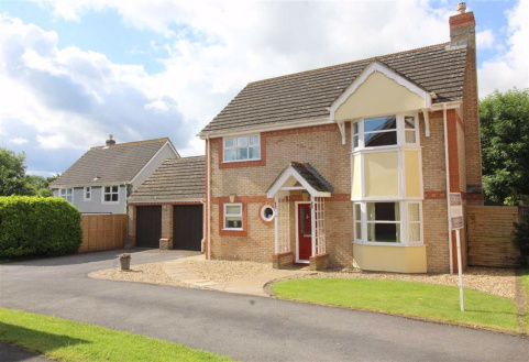 Swanborough Close, Chippenham, Wiltshire