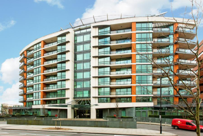 Flat to rent in St Johns Wood - PAVILION APARTMENTS, ST JOHN'S WOOD ROAD, NW8 7HB