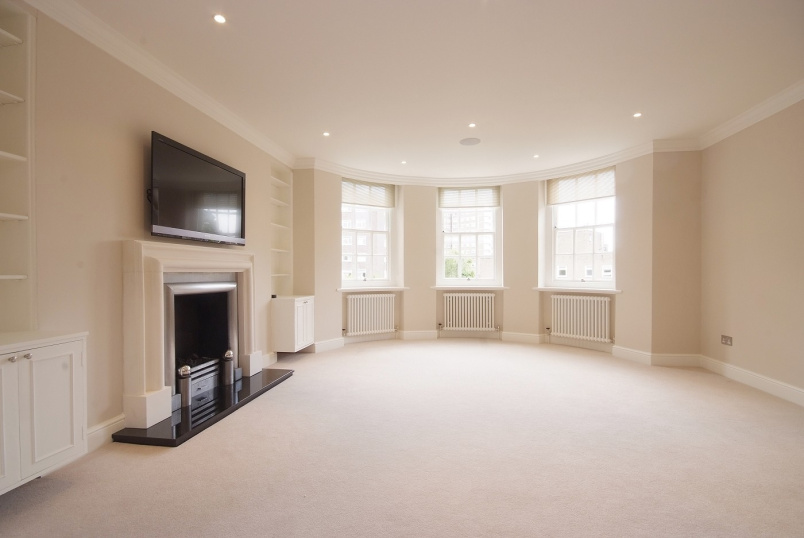 Flat to rent in St Johns Wood - AVENUE LODGE, NW8 6JA