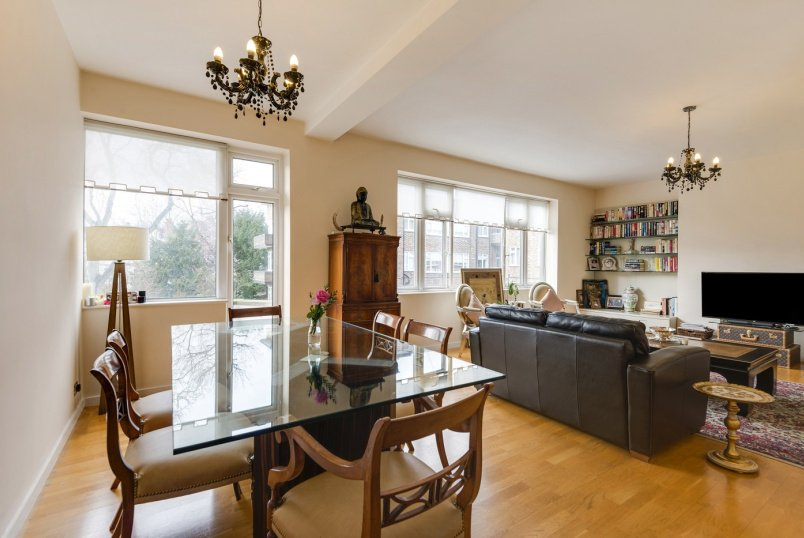 Apartment to rent in St Johns Wood - AVENUE CLOSE, AVENUE ROAD, NW8 6BY