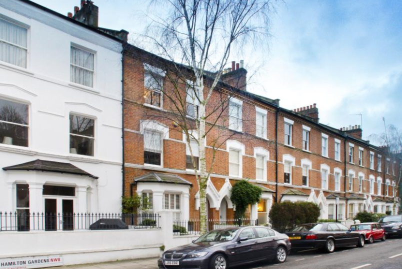 House - terraced to rent in St Johns Wood - HAMILTON GARDENS, NW8 9PU