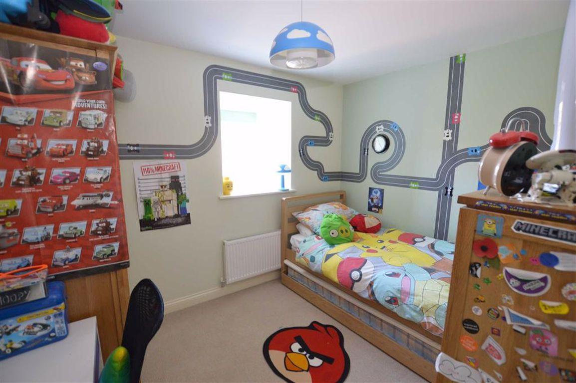 5 bedroom property for sale in Farrants Way, Hornsea, East