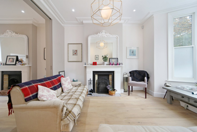 House to rent in Notting Hill - Bracewell Road, London, W10