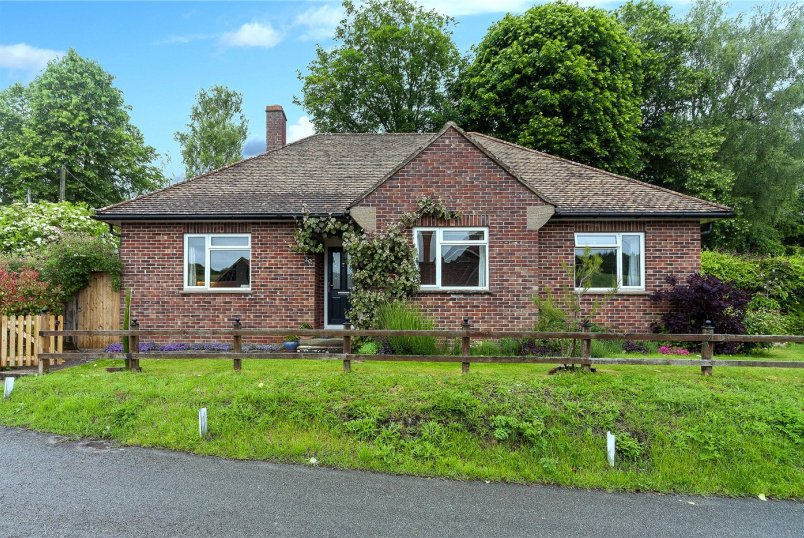 Bungalow for sale in Marlborough - Church Road, Froxfield, SN8