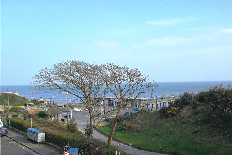 Flat/apartment to rent in Southbourne - Undercliff Road, Bournemouth, Dorset, BH5
