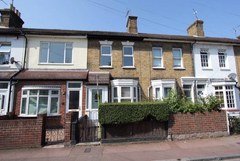 House to rent in Leigh-on-Sea - Park Street, Westcliff-on-Sea, Essex, SS0