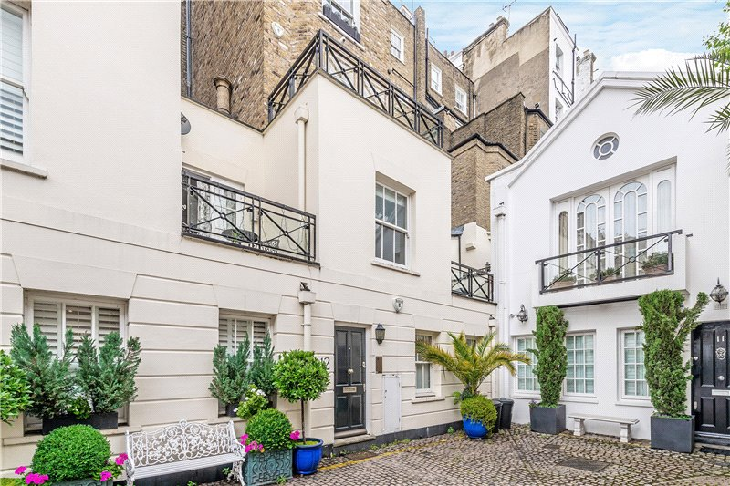 House to rent in  - Stanhope Mews South, South Kensington, SW7
