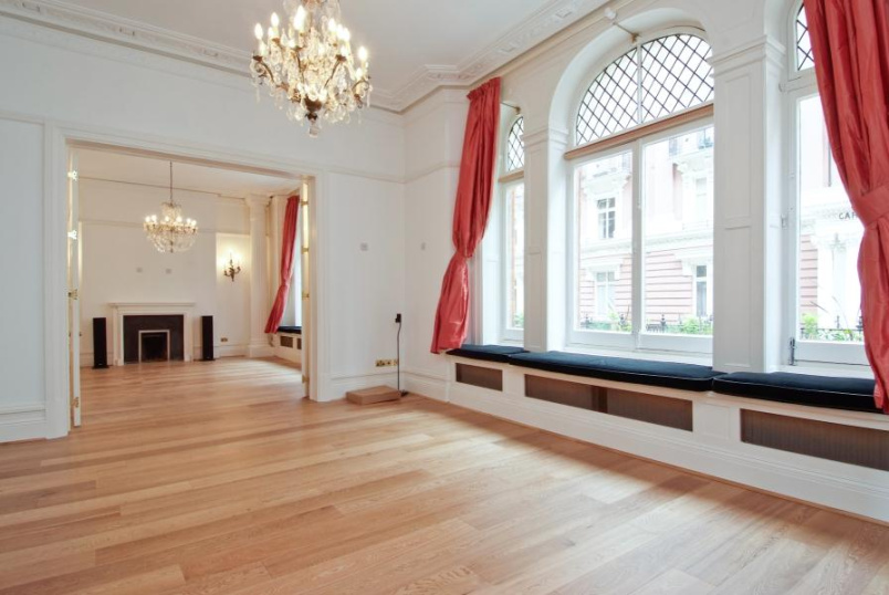 Flat to rent in Pimlico and Westminster - CARLISLE PLACE, SW1P