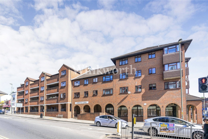 Retirement property for sale in Hendon - Ferrydale Lodge, 48 Church Road, London, NW4