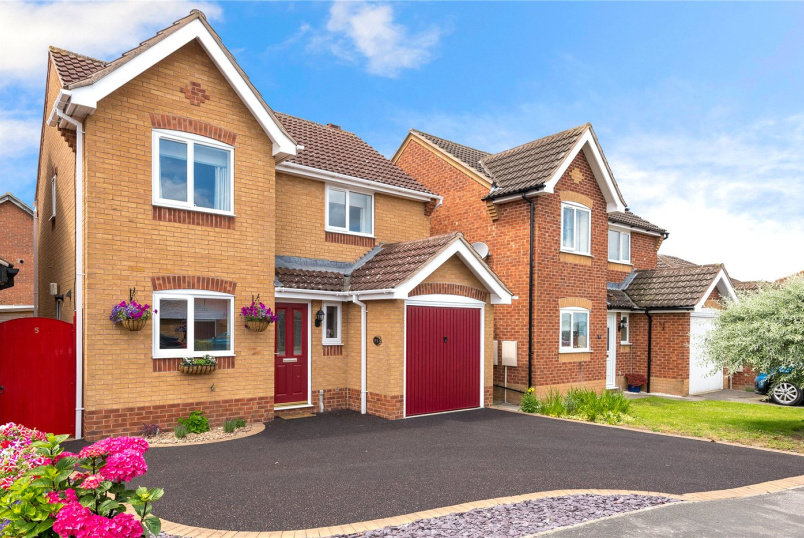 House for sale in Sleaford - Hollowbrook Close, Ruskington, Sleaford, NG34