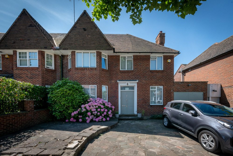 House to rent in Kensal Rise & Queen's Park - Anson Road, London, NW2