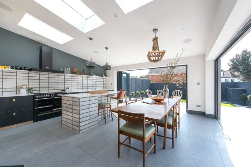 House for sale in Kensal Rise & Queen's Park - Sonia Gardens, London, NW10
