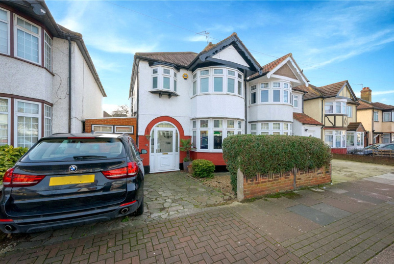 House for sale in Kensal Rise & Queen's Park - Dewsbury Road, London, NW10