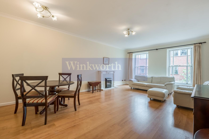Flat to rent in Pimlico and Westminster - HUGH STREET, SW1V