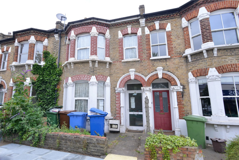 House for sale in Dulwich - Hansler Road, East Dulwich, SE22