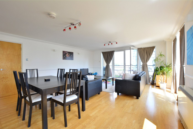 Flat/apartment to rent in Greenwich - Greenfell Mansions, Glaisher Street, London, SE8