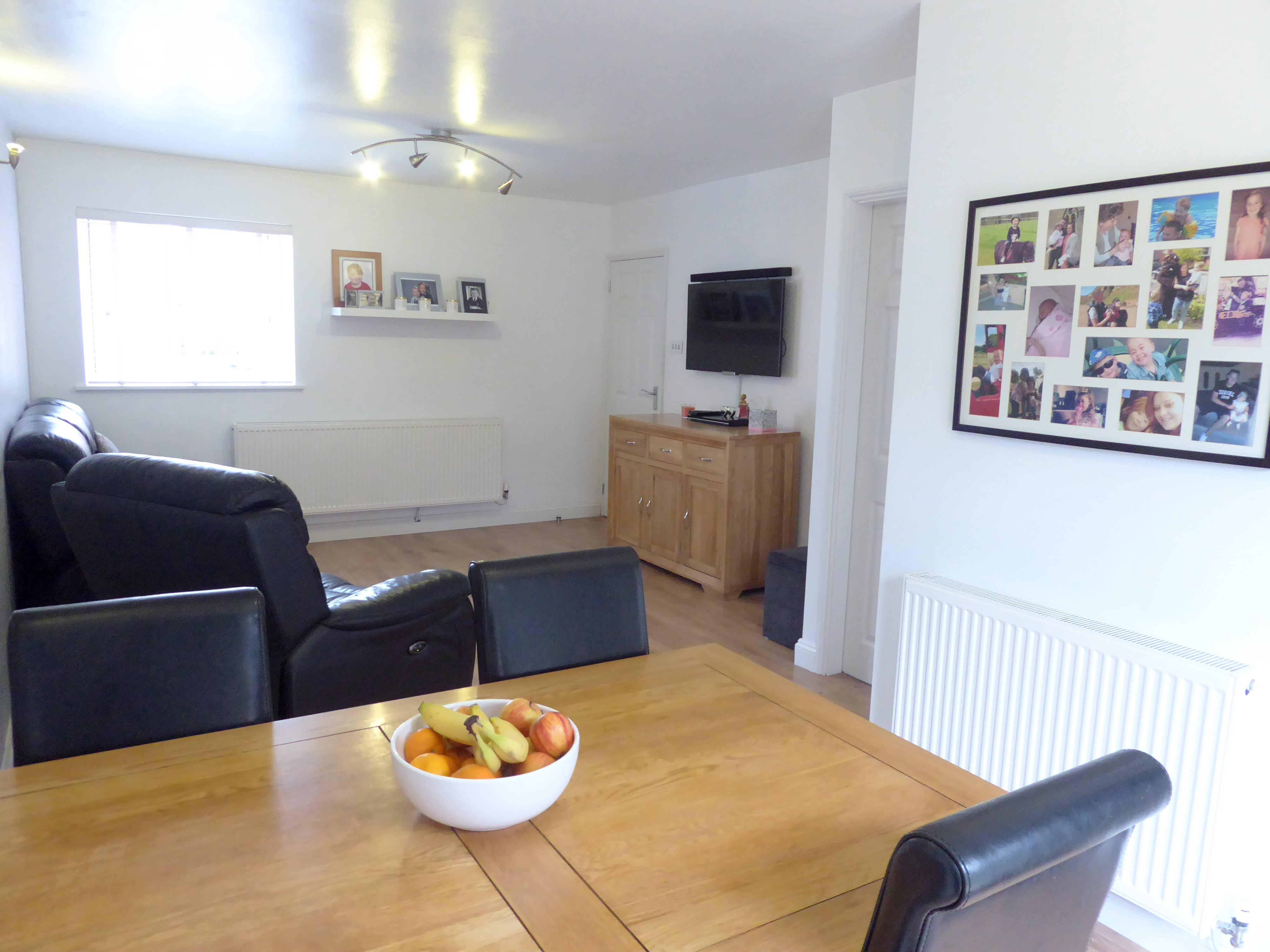 3 Bedroom Property For Sale In Teal Close Banbury 210000
