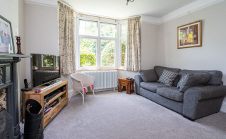 Period charm and close to 1500 sq ft of flexible accommodation
