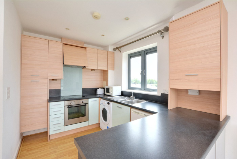 Flat/apartment to rent in Blackheath - Hale House, Berber Parade, Shooters Hill, SE18