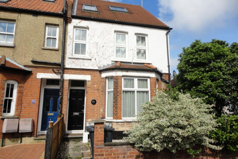 Flat/apartment to rent in Finchley - Hutton Grove, North Finchley, N12